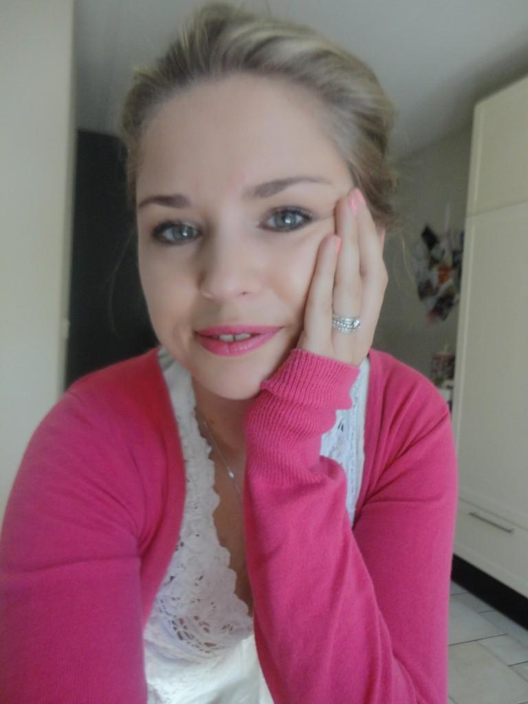 Essence Pink Me