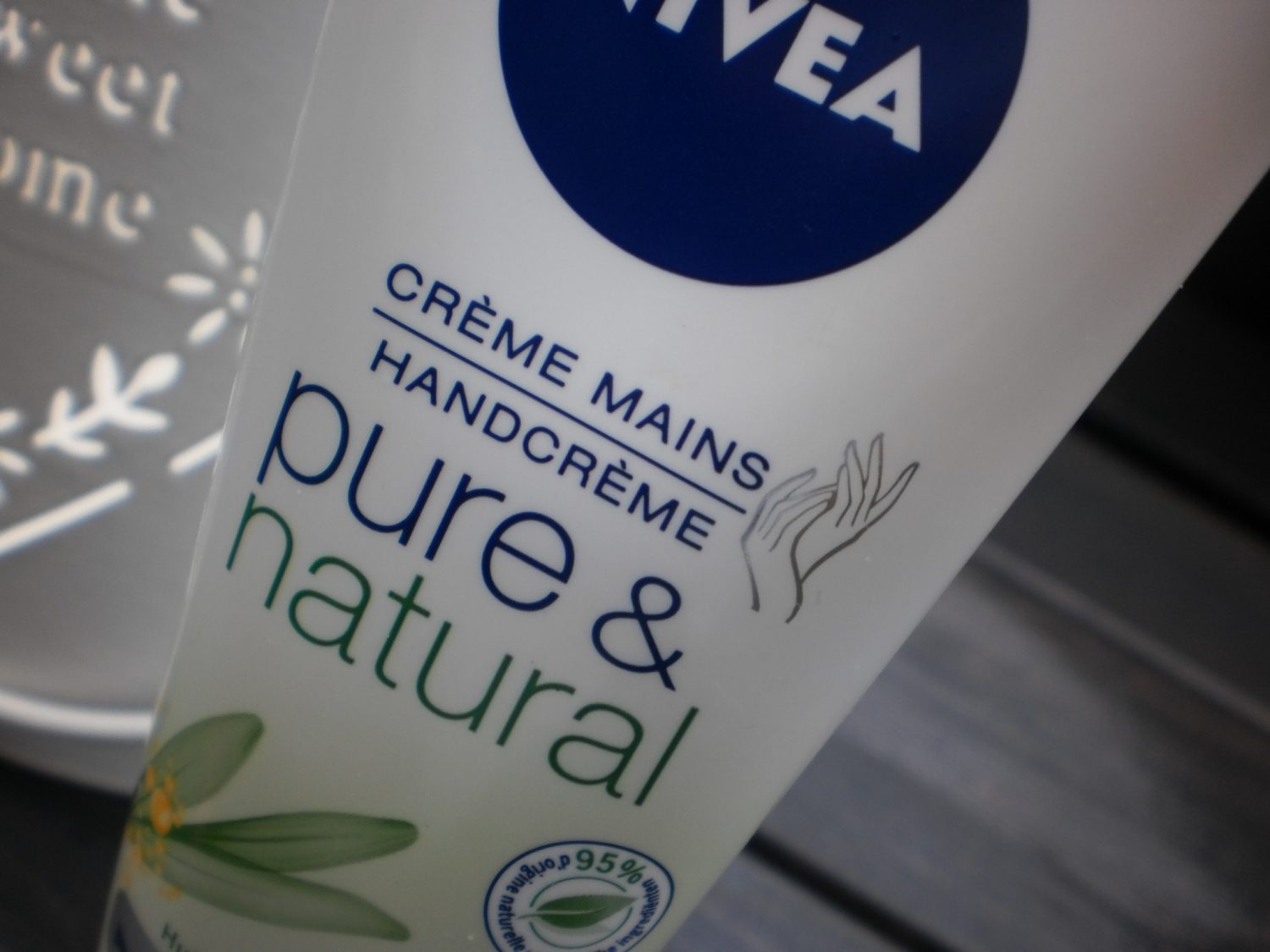 Nivea Pure & Natural Handcreme