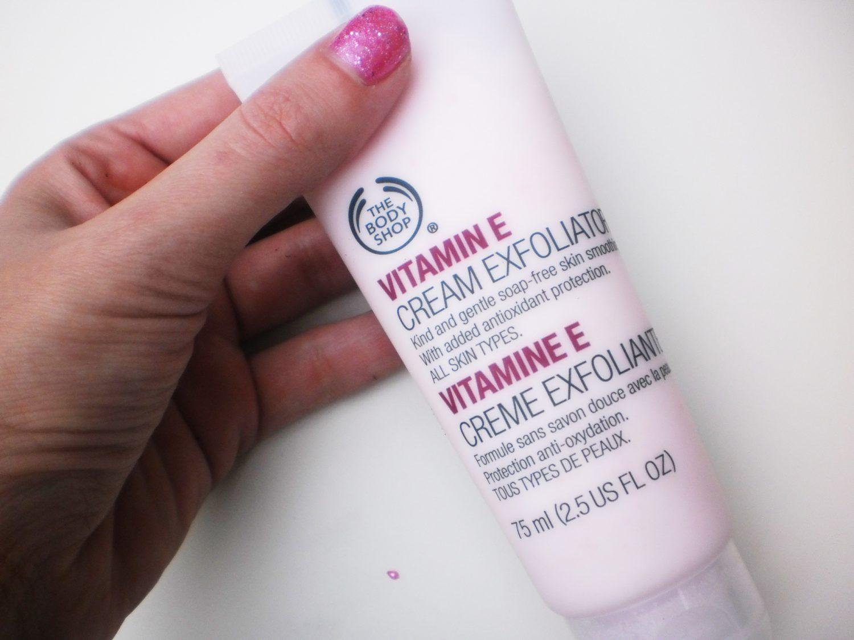 Review: The Body Shop Vitamine E Cream Exfoliator