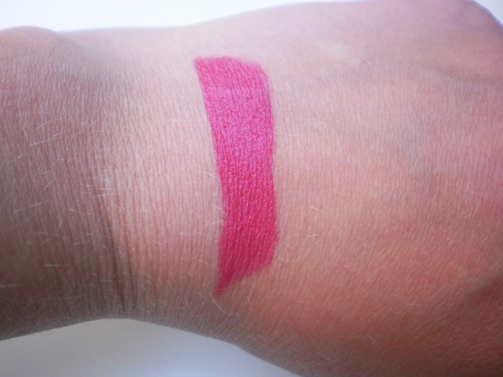 Hema Pure Shine Lipstick Pink