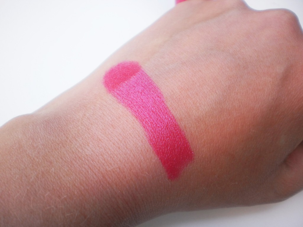 Body Shop 201 Red Hot Rasberry
