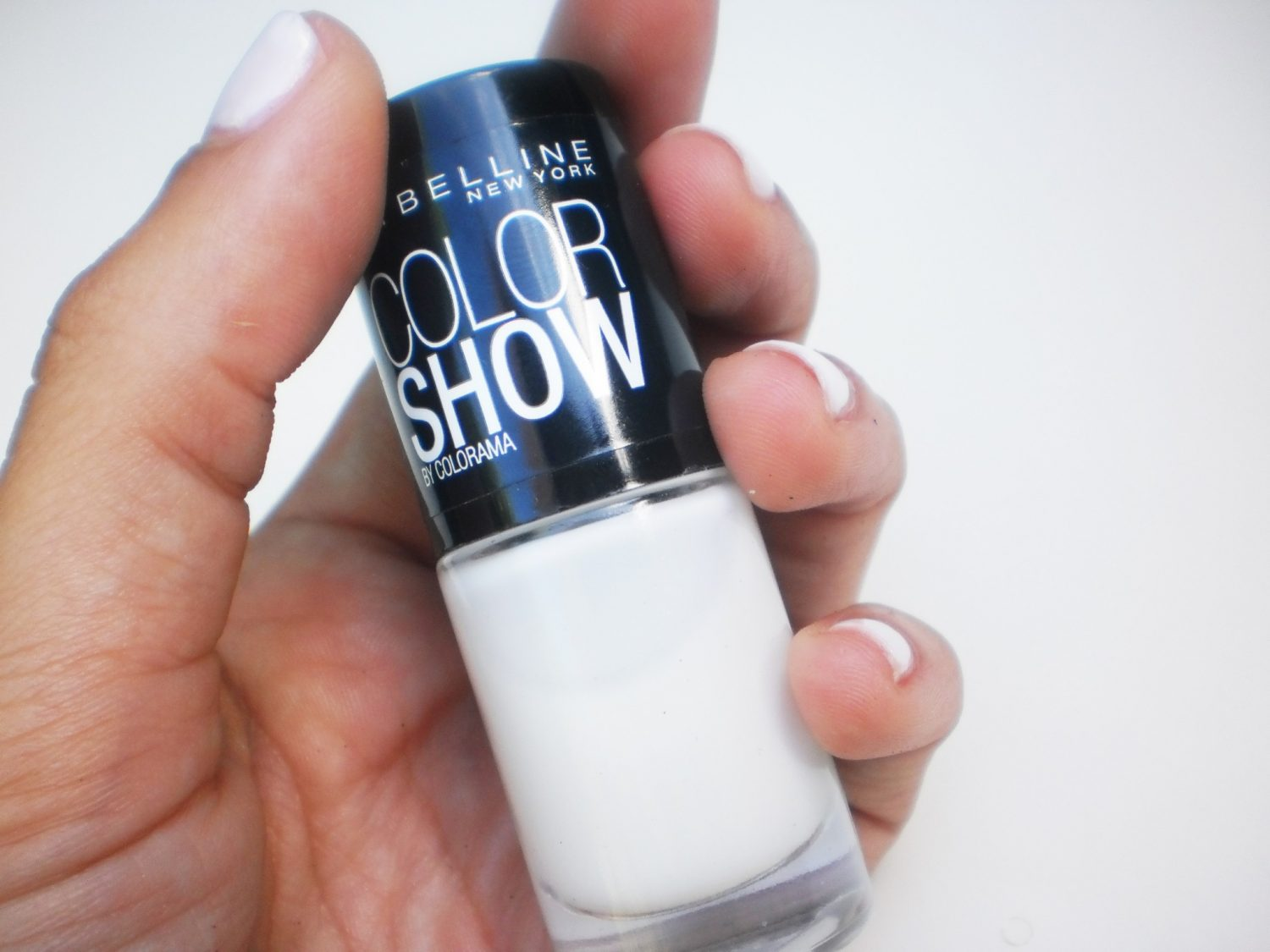 Maybelline Color Show #130 Winter Baby