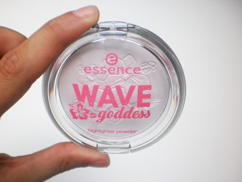 Review: Essence Wave Goddess Highlighter Powder