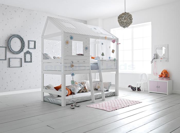 Peuterbed Of Groot Bed.Kleintjes Worden Groot Overstap Naar Een Groot Bed Twinkelbella