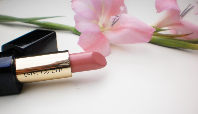 Review: Estee Lauder Lipstick #210 Impulsive