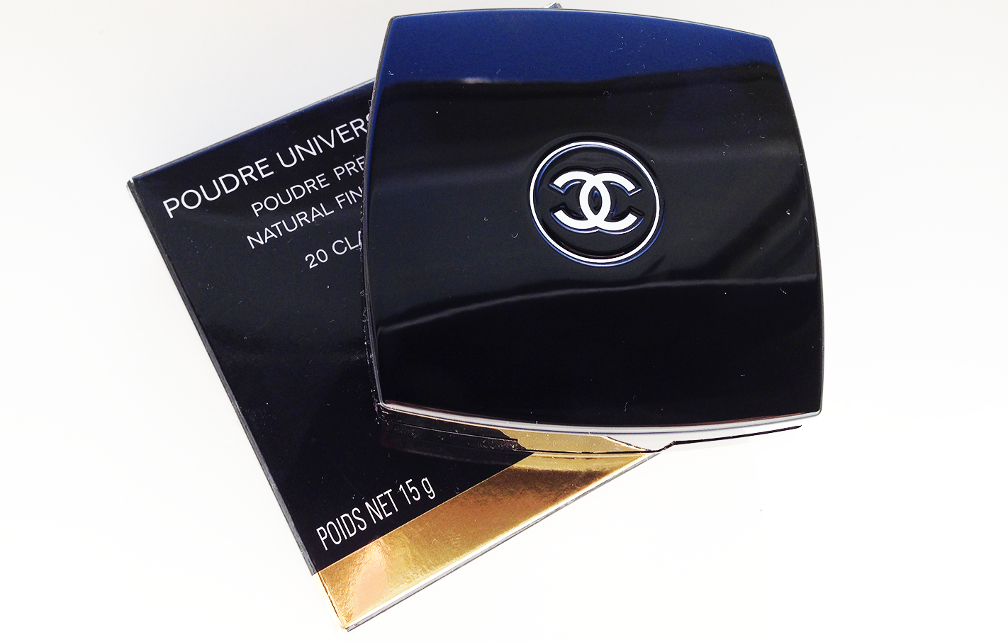 Review: Chanel Poudre Universelle Compacte