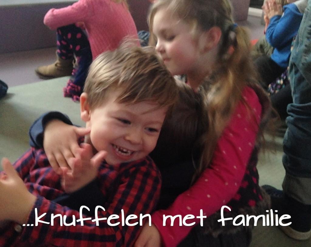 liefde is knuffelen met familie