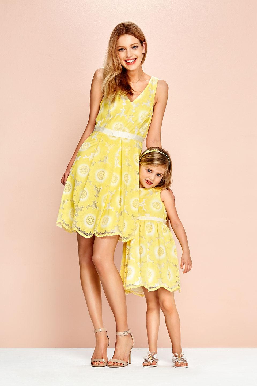 Twinning: moeder en dochter outfits (Steps Girls Collectie ... Steps Jurken