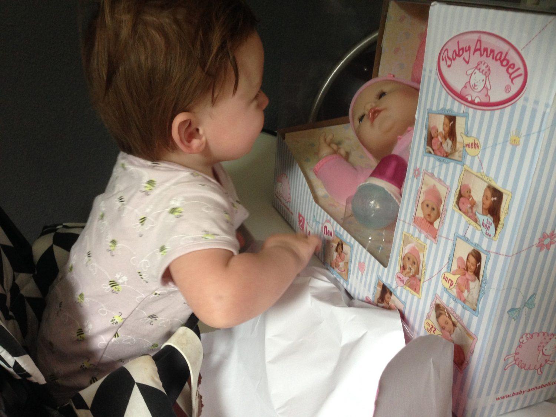Vanaf welke leeftijd spelen met poppen?
