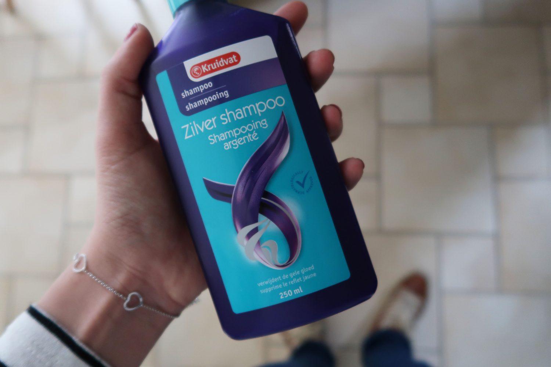 Gebruik van zilver shampoo voor blond haar