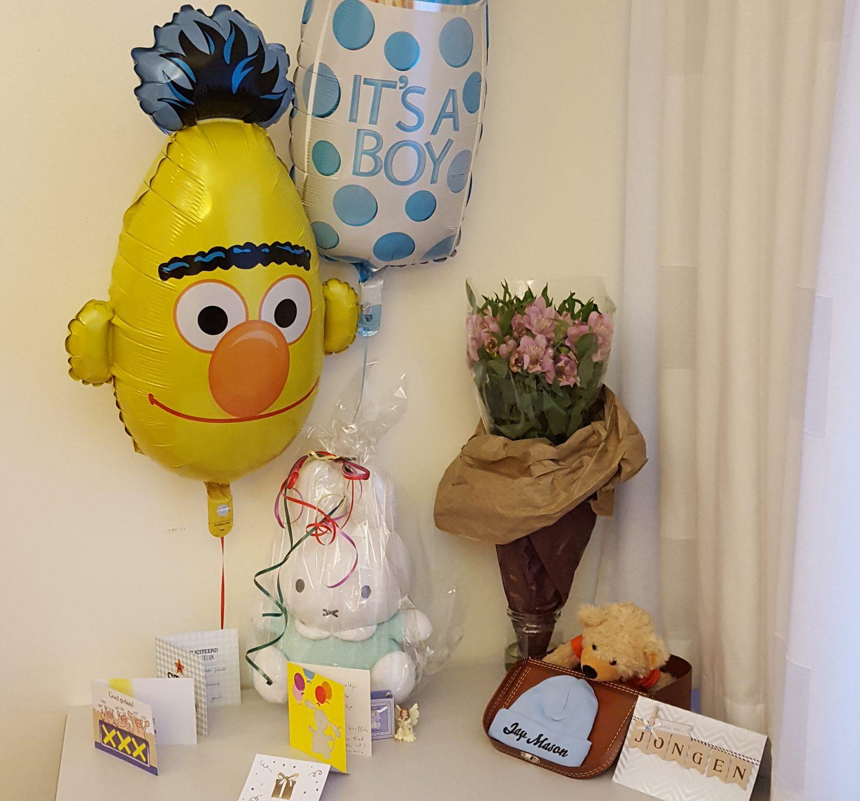 Vroeggeboorte de impact van een te vroeg geboren baby 29 weken twinkelbella - Baby boy versiering van de zaal ...