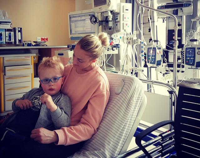 Zorgmama: Ik verloor mijn baan door ons zieke kindje