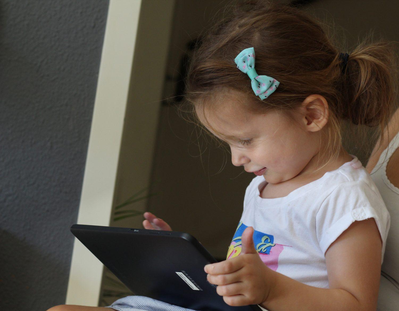 Vanaf welke leeftijd kind op de tablet?