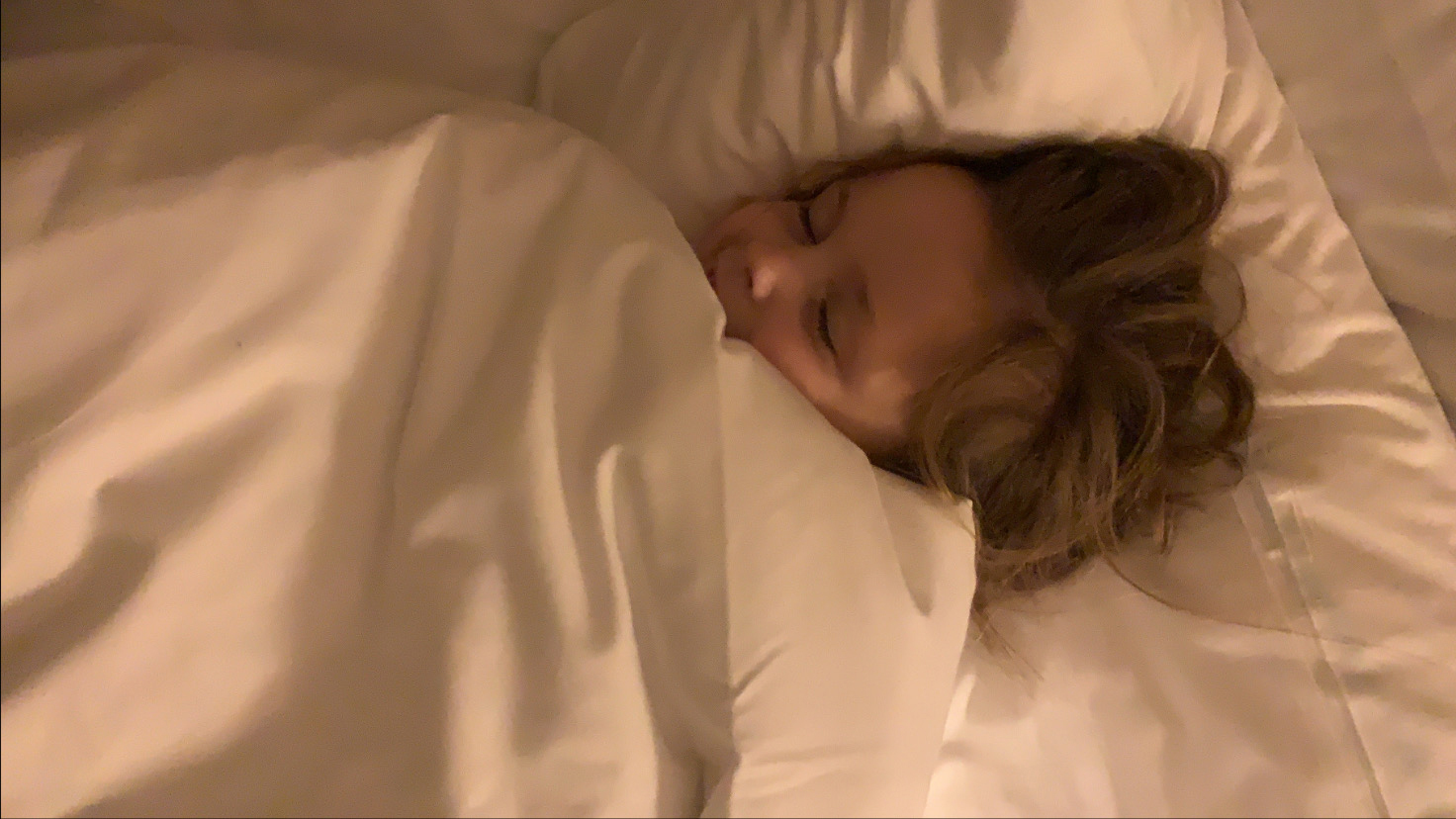 Baby's en kinderen goed laten slapen met warm weer (tips hittegolf)